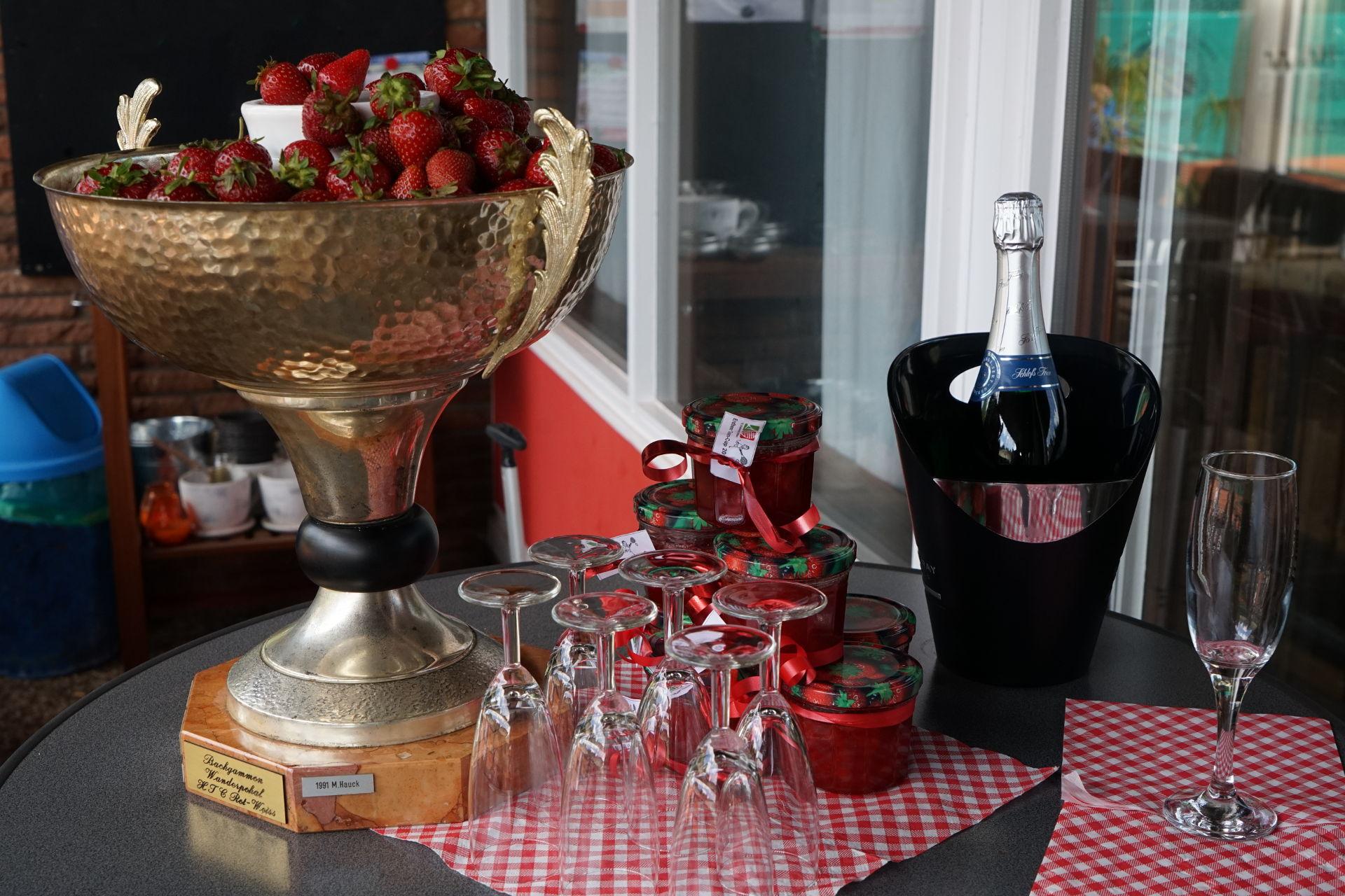 Erdbeer-Cup Gewinne